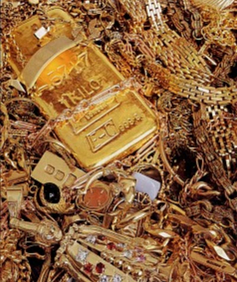 98a3233fcdb03 Treasures of St.Andrews: Scrap Gold Wanted!